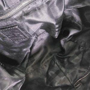 Burberry Bags - ❤Burbury Like New Leather Handbag